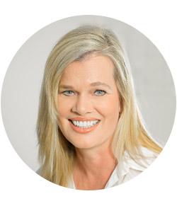 Portrait Dr. Stefanie Mauer
